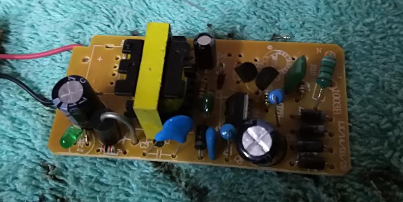 Trasformatore 220v-12v